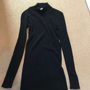 Dresses & Skirts - Brandy Melville tight turtleneck dress